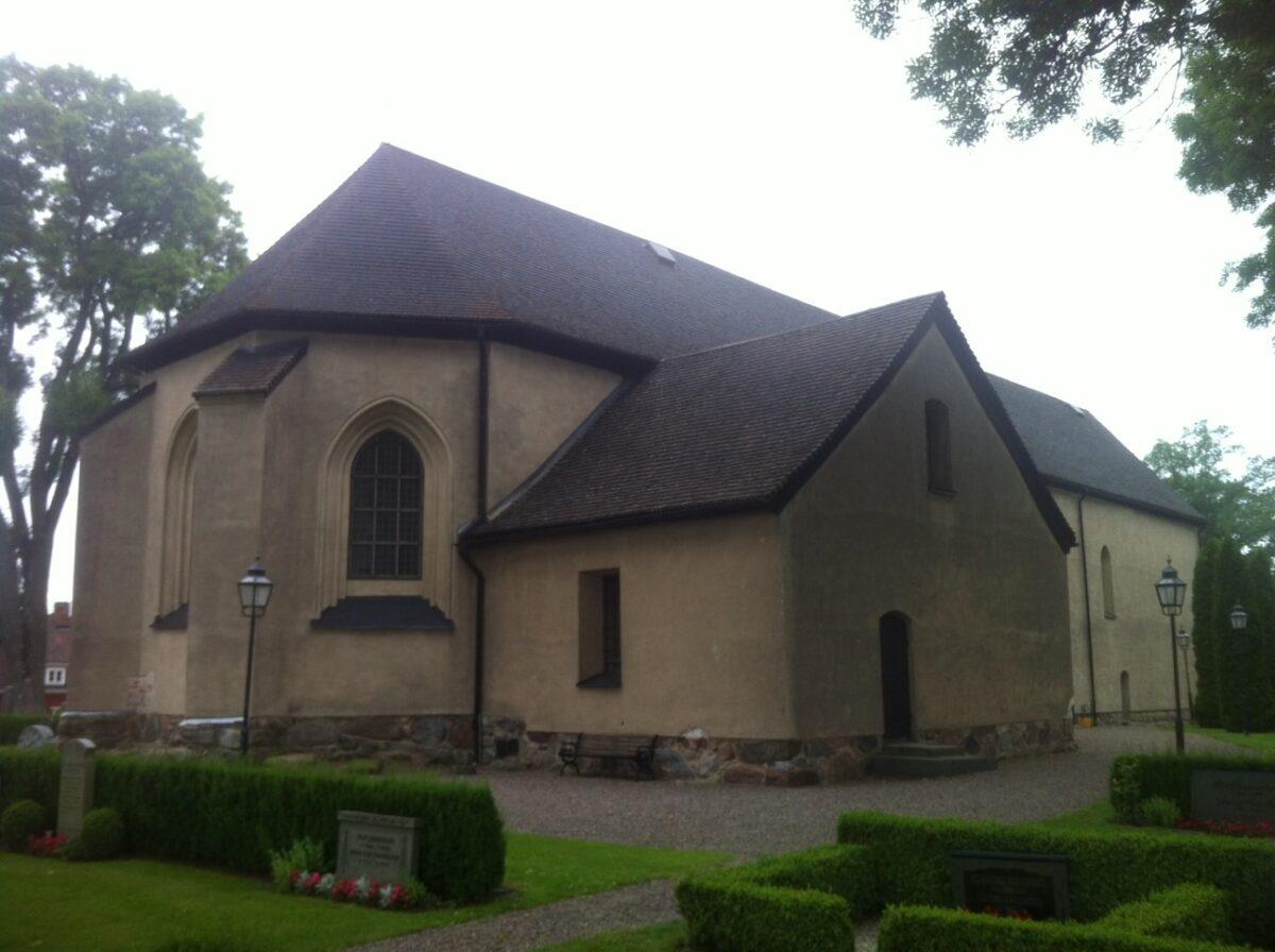 Askeby kyrka-bild-2
