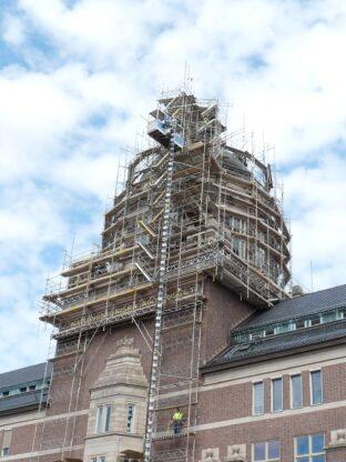 Byggnadsställning på stora tornet, Naturhistoriska riksmuseet